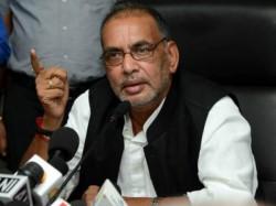 Demonetisation Hurt Farmers Ministry Told Mp Panel Not True Says Ministertiz