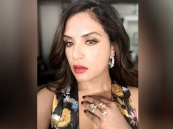 Richa Chadha Says That During Shoot Asked Her Show Her Navel