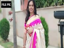Telangana Elections Transgender Candidate From Goshamahal Seat Missing