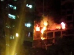 Mumbai Level 2 Fire Breaks On The 14th Floor Sargam Society