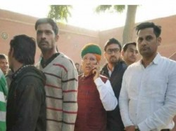 Rajasthan Elections Evm Malfunctioning Reports From Several Districts