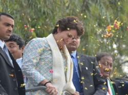 After Twitter And Facebook Now Priyanka Gandhi Is On Youtube