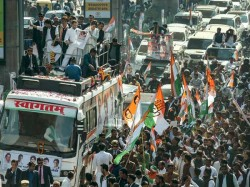 Pickpockets Run Amok At Priyanka Gandhi Road Show In Lucknow Valuable Stolen