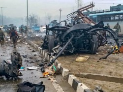 Pulwama Attack Nia Searches Red Color Car Clue Which Blasted At Crpf Convoy
