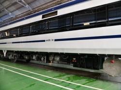 Train 18 Fare Railway Has Declared Know The Train 18 Scheduled To Run