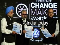 Arun Jaitley Gets Award From Manmohan Singh Successfully Introducing Gst