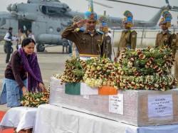 Martyr Pintu Kumar Singh Kin Rue Absence Any Minister At Patna Airport
