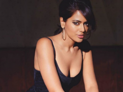 Sameera Reddy Slams The Trollers Commenting Her On Her Baby Bump