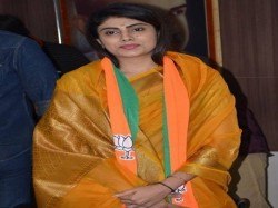 Ravindra Jadeja Wife Rivaba Jadeja Joined Bjp Jamnagar Gujarat