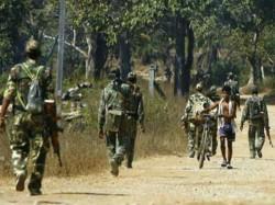 Chhattisgarh One Bsf Jawan Lost Life Two Injured In Encounter