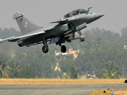 Shocking Report For India Are Parkistani Pilots Being Trained To Fly Rafale Jet