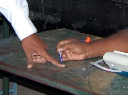 Fourth Phase Elections Held On 71 Seats Of 9 State Get Live Update