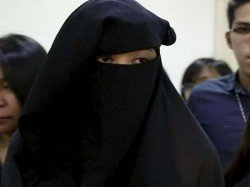 Sri Lanka Banned Face Covers Including Burqa And Naqabs
