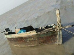 An Abandoned Pakistani Fishing Boat Found In Gujarat