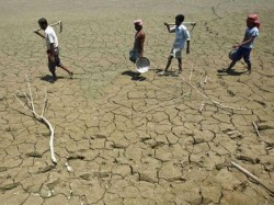 Kutch Drought And Decreasing Level Of Water In The Dams Of Gujarat