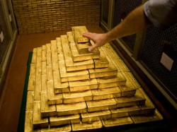 Many Countries Are Increasing Gold Reserve Many Countries Are Losing Faith On Dollar