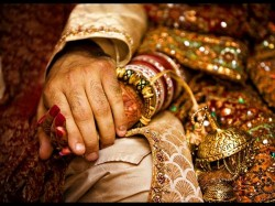 Who Will Marry Her Daughter Father Will Give Rs 2 Crore