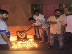 Nathuram Godse S 109th Birthday Celebrated By Hindu Mahasabha