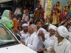 In Rabri Devi Village Peoples Unhappy With Lalu Yadav