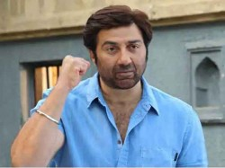 When Rajat Sharma Asked Sunny Deol Instead Of Study You Were Concentrating On Girls