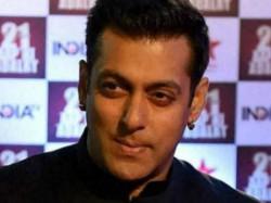 Salman Khan Slaps Security Guard In Public For This Big Reason