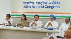 Congress Mps Urge Rahul Gandhi To Remain Party Chief He Rejects Appeal