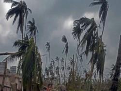 Cyclone Vayu Live High Alert In Gujarat