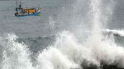 Cyclone Vayu Won T Make Landfall In Gujarat Though High Alert On State