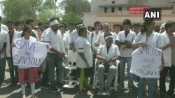 Doctors Of 18 Hospitals Of Delhi Including Aiims Are On Strike Today Also