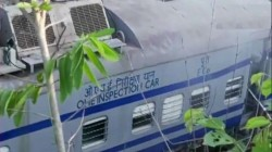 Railway Employed Died As Howrah Jagdalpur Samaleshwari Exppress Derails