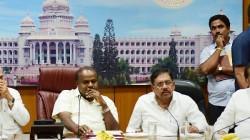 Karnataka S Kumarasamy Government Can Face Crisis As Jds Mlas Resigned