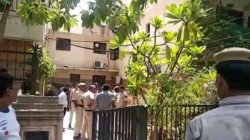Another Buradi Like Incident In Gurugram Dead Body Of All Family Members