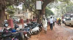 In Mumbai Vehicles Parked No Parking Zones Fines 5000 To Rs