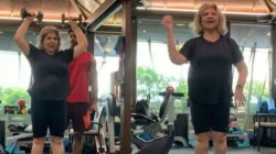 Hrithik Roshan S Mom Pinky Roshan Grooves To Super 30 Song Jugraafiya Viral Video