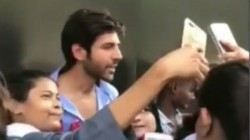 This Is How A Fan Pulled Cheeks Of Kartik Aryan In Lucknow