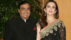 Reliance Industries Investors Gained 90 Thousand Crores In One Day