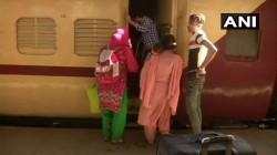 Samjhauta Express Train Carrying 76 Indian And 41 Pakistani