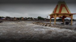Video Gujarat Ramnath Mahadev Temple Drown In Water Due To Rain Floods