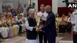 Pranav Mukherjee Bhupen Hajarika And Nanaji Deshmukh Received Bharat Ratna