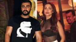 Arjun Kapoor Stops Iffm Award Host To Flirt With Malaika Arora Suggests A Better Prospect