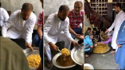 Video Cricketer Yusuf Pathan Arranges Food For Flood Victim