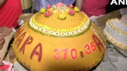Bjp Workers Celebrated Prime Minister Narendra Modi S Birthday At India Gate With 69 Kg Laddu