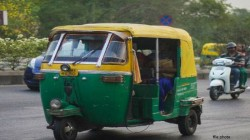 Auto Driver Fined Rs 32 500 For Not Carrying License And Other Papers