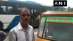 An Auto Rickshaw Driver Was Fined Rs 47500 For Drunk Driving