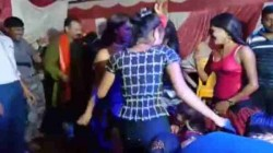 Bar Girls Dance At Ganpati Pandal Goes Video Viral