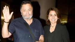 Months 11 Days Later Rishi And Neetu Kapoor Snapped In Mumbai