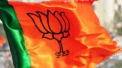 Bjp Leader Slaps His Wife In Delhi After Meeting