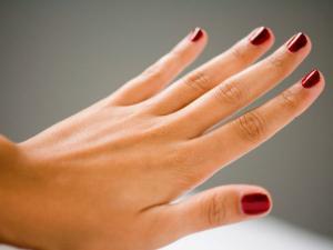 હાથની આંગળીઓને જોઇને જાણો મહિલાઓનો સ્વભાવ