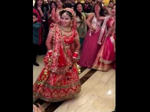 Video Bride Dancing Entry On Her Own Wedding