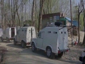 Terrorists Attacked Police Search Party Padgampora Jammu Kashmir